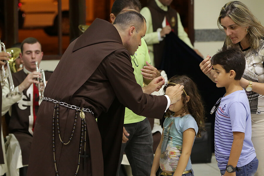 donativos a asociaciones religiosas